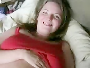 Horny bbw get pussy creampied