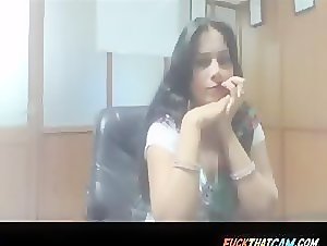 Desi babe lets her nipple sucked in the office