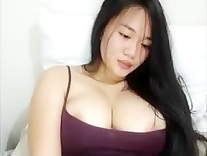Big titted asian I want to fuck her tits