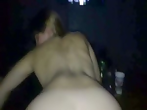 Shaking my booty while his hard cock inside