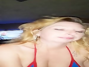 amateur blonde girlfriend who loves to suck and take load on face